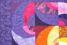 Linda Wesleys Quilt Close Up.JPG